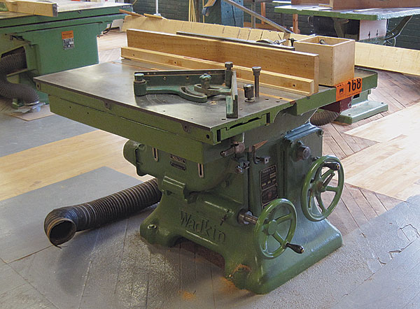 1950s-era Wadkin PK tablesaw before refurbishing; vintage machinery; old machine rehab resources; before and after photos