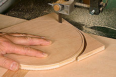 Michael Fortune Circle-Cutting Bandsaw Jig in Action