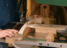Bandsaw Jig Plan for Cutting Complex Curves